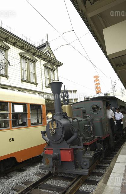 列車の写真素材 [FYI04202045]