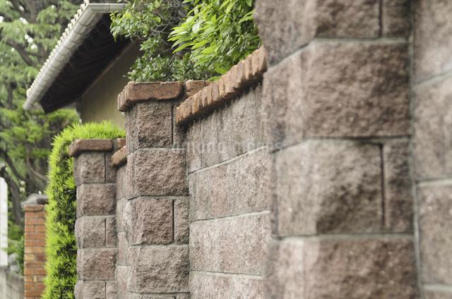 民家の石塀の写真素材 [FYI04202716]