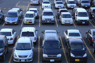 駐車場の写真素材 [FYI04203264]