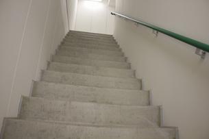 マンションの非常階段の写真素材 [FYI04207155]