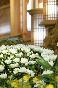 告別式の祭壇の写真素材 [FYI04212262]