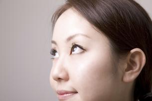 女性の目の写真素材 [FYI04213713]