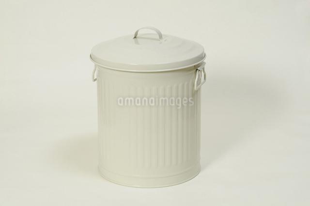 ゴミ箱の写真素材 [FYI04214836]