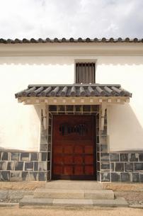 倉敷の美観地区の門の写真素材 [FYI04214900]