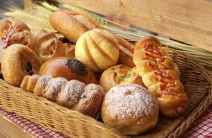 いろいろなパンの写真素材 [FYI04214936]
