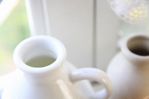 白いミルク瓶の写真素材 [FYI04218263]