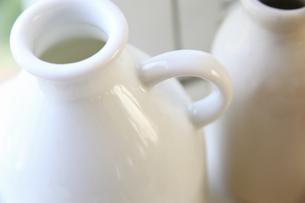 白いミルク瓶の写真素材 [FYI04218264]