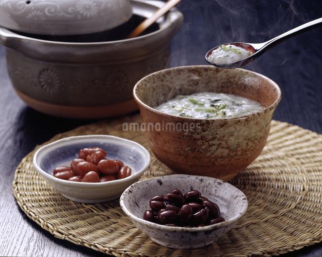 七草粥と煮豆の写真素材 [FYI04227886]