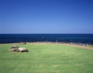 夏の日本海の写真素材 [FYI04230092]