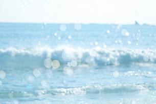 海とシャボン玉の写真素材 [FYI04231493]