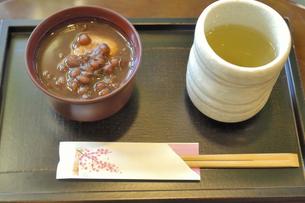 お汁粉と昆布茶の写真素材 [FYI04231769]