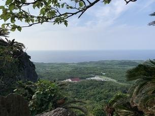 沖縄 風景 大石林山からの写真素材 [FYI04232382]