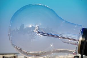 電球の写真素材 [FYI04232456]
