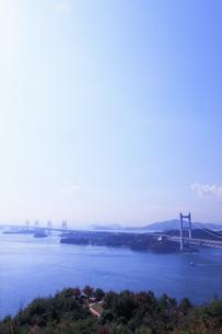 鷲羽山から望む瀬戸大橋の写真素材 [FYI04237252]
