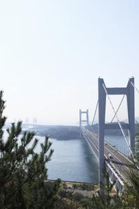 鷲羽山から望む瀬戸大橋の写真素材 [FYI04237260]