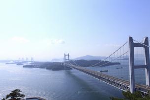 鷲羽山から望む瀬戸大橋の写真素材 [FYI04237274]