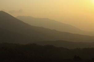 蒜山の日の出の写真素材 [FYI04238955]
