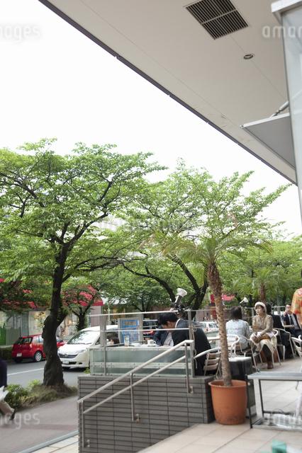 たまプラーザ駅前のカフェの写真素材 [FYI04241071]