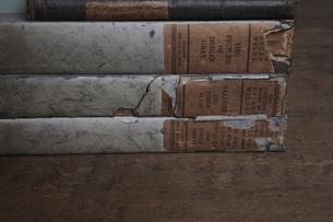古い本の写真素材 [FYI04241609]