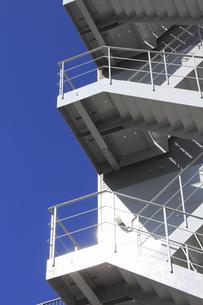 工場の非常階段の写真素材 [FYI04245609]