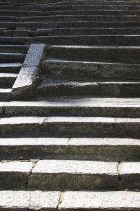 坂道の石段の写真素材 [FYI04245975]