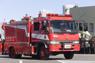 救助車の写真素材 [FYI04250256]