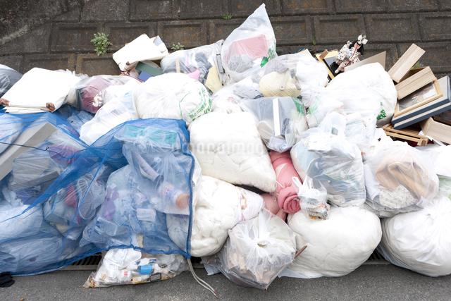 ゴミ集積所の写真素材 [FYI04250720]