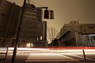 計画停電で明かりの消えた街の写真素材 [FYI04250799]