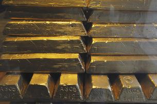 金塊のイラスト素材 [FYI04253318]