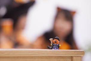 ハロウィンパーティーのオブジェの写真素材 [FYI04260630]