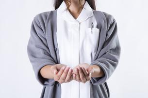 看護師の女性の写真素材 [FYI04261140]