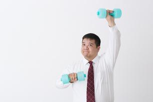 スーツを着た男性の写真素材 [FYI04261661]