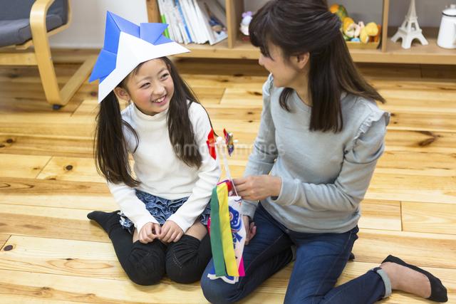 子供の日の家族の写真素材 [FYI04266491]