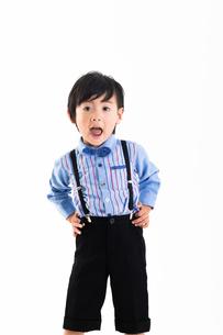 男の子のポートレートの写真素材 [FYI04268948]