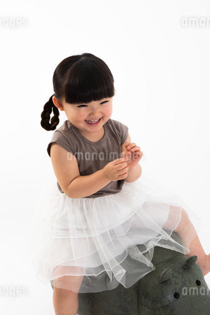 女の子のポートレートの写真素材 [FYI04268994]