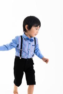 男の子のポートレートの写真素材 [FYI04269014]