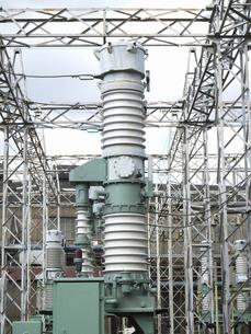 工場の変電システムの写真素材 [FYI04271089]