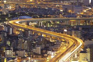 大阪湾岸高速の夜景の写真素材 [FYI04271776]