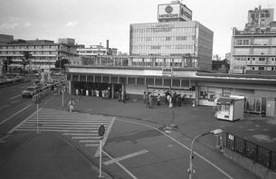 駅舎工事の中央線信濃町駅の写真素材 [FYI04272004]
