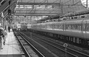 鉄道 国鉄・高崎駅ホームの写真素材 [FYI04272033]