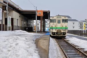 鉄道 JR北海道 江差線・江差駅にて キハ40の写真素材 [FYI04272086]