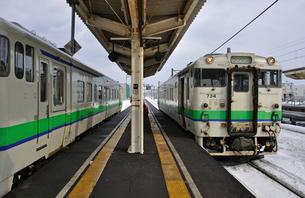 鉄道 JR北海道 江差線・木古内駅にて キハ40の写真素材 [FYI04272098]