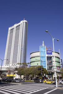 東京ドームホテルと後楽園の写真素材 [FYI04272878]