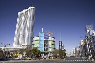 東京ドームホテルと後楽園の写真素材 [FYI04272879]