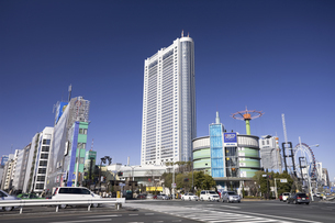 東京ドームホテルと後楽園の写真素材 [FYI04272884]