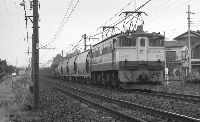 鉄道 国鉄・東北本線 EF65電気機関車の写真素材 [FYI04273158]