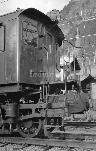 鉄道 国鉄・青梅線ED16 18号電気機関車の写真素材 [FYI04273310]