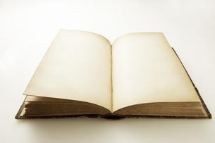 アンティークの本の写真素材 [FYI04274288]