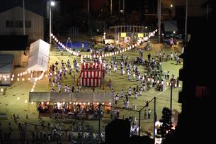 町内会の納涼盆踊り大会の写真素材 [FYI04276295]