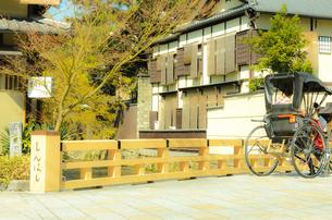 京都祇園の町並みイメージの写真素材 [FYI04276934]